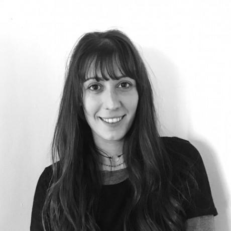 Foto del perfil de Aroa de la Cruz